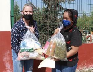DIF Municipal de San José Iturbide entrega apoyos alimenticios ante emergencia sanitaria por el virus SARS-CoV-2 (COVID-19)