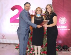 Presidenta del Consejo de Administración del Sistema Municipal DIF San José Iturbide, rinde su Segundo Informe de Actividades