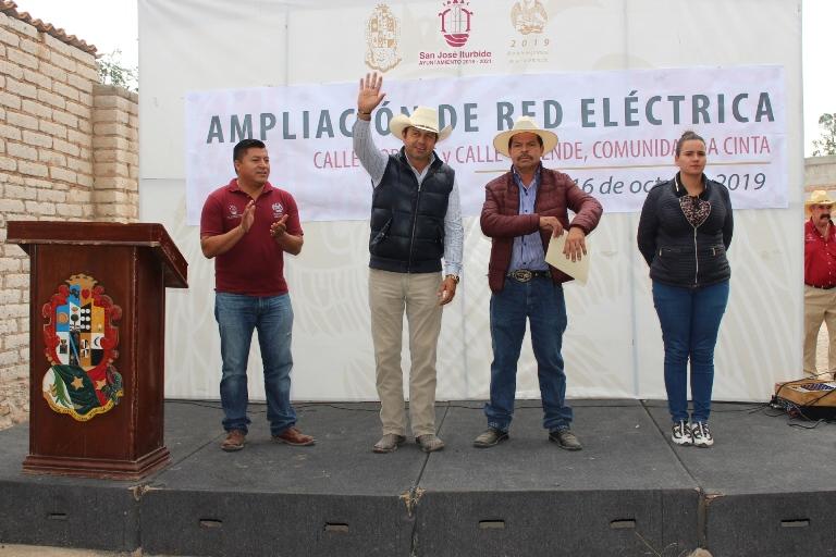 Benefician a la comunidad de La Cinta con ampliación de red eléctrica
